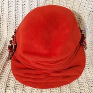 🌻Vintage | Red Beaded Hat🍂